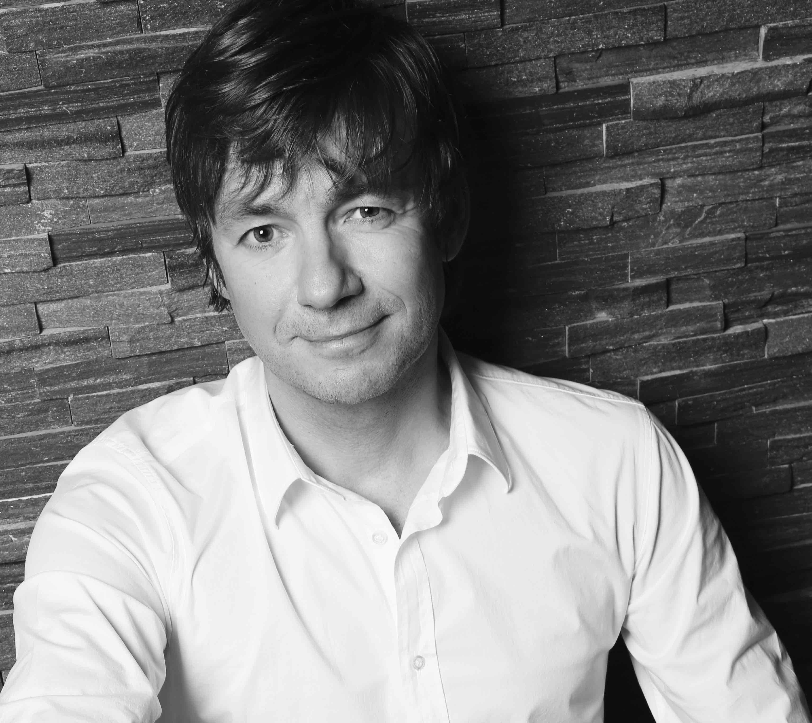 Andreas Lange Portrait für Buch und Vita red
